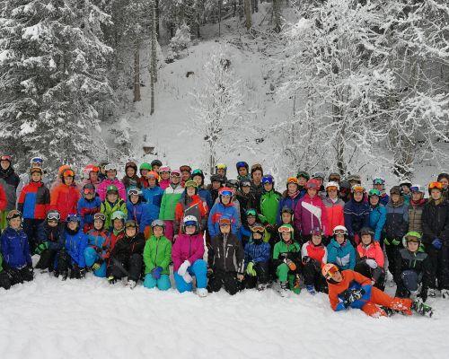 gruppenbild_skilager